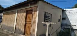 Título do anúncio: Alugo casa no bairro Tristeza (Telefone na descrição)