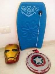 Máscara, escudo e prancha