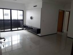 Apartamento em Jatiúca possui 3 quartos, 110 m² com armários embutidos