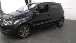Vw - Volkswagen Fox blzck completo flex 4 portas bom estado - 2013