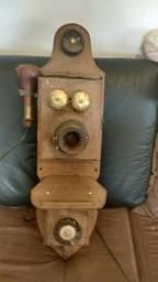 Vendo telefone de parede antigo