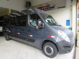 Renault Master Executiva Cinza - 2020