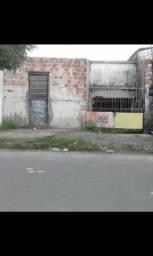 Terreno 6x25 por trás da Mister Frios Avenida Jati