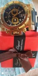 Relógio masculino de caixa alta