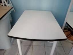 Mesa em MDF 120x80