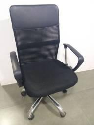 Cadeira diretor preta