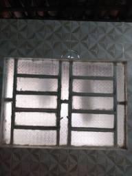 3 unidades de basculante de vidro com moldura de grade de ferro. Não fazemos entrega!
