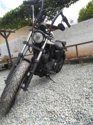Harley Davidson 883 r custom