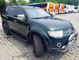 Pajero Dakar Mitsubishi 7 lugares Diesel