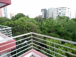 Apartamento Padrão na Zona Leste (2138 FL)
