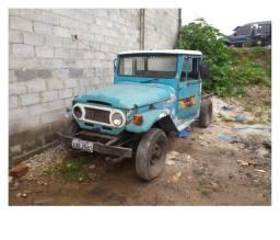 Toyota bandeirante 80