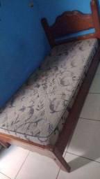 Cama com cochão