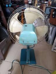 Ventilador antigo GE .peca p decoração.leia a baixo