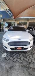 Ford Fusion super conservado