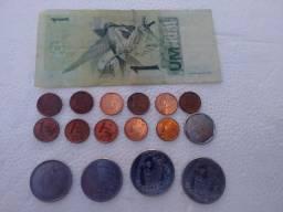 Conjunto moedas e nota