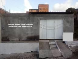 Casa 2/4 no bairro lamarão
