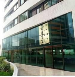 Alugo apartamento  com 02 quartos mobiliado, em Setúbal , muito bem localizado.