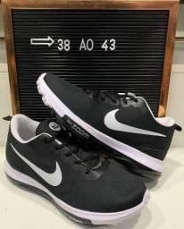 Tênis Nike Zoom ( 38 ao 43 ) -- 3 Cores Disponíveis