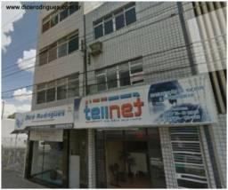 Apartamento no Centro C/2 Quartos (Condomínio Incluso)