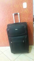 Vendo malas grandes de viagem
