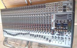 Mesa berinhger de 32 canais.