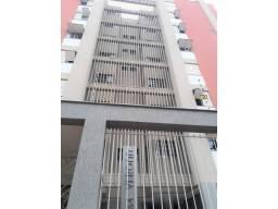 Apartamento para alugar com 3 dormitórios em Centro, Londrina cod: *45