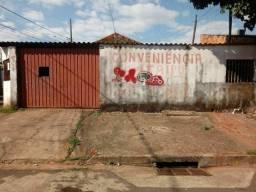 Vendo 2 casas na saida de Cuiabá