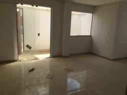 Oportunidade única! Casa nova 3 qtos sendo 2 suítes Alto do Castelo só 185000!!!