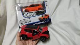 Miniatura Jeep Renegade escala 1/24 - Maisto Série Especial Assembly