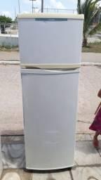 Geladeira duplex frost free 750