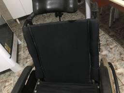 Cadeira de rodas pra vender logo!!!