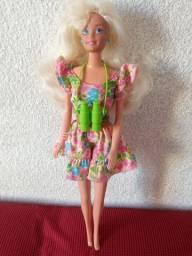 Barbie anos 90 da estrela rara para colecionador