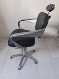 Cadeira Dompel não reclinável