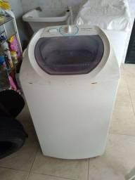 Título do anúncio: Máquina de lavar eletrolux 6kg