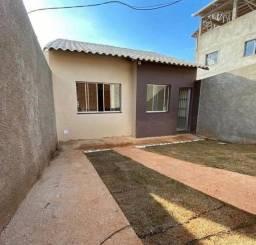 Título do anúncio: VENDO CASA 2 quartos, cozinha , banheiro social. R$: 120,000,00
