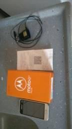 Título do anúncio: Samsung em bom estado na caixa com nota fiscal, carregador, usado em bom estado na caixa.