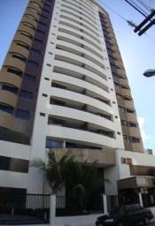 Apartamento a venda no Condomínio Ronaldo Calumby Barreto
