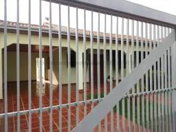 Casa à venda, 1 quarto, 3 suítes, 4 vagas, Vila Duque de Caxias - Campo Grande/MS