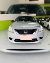 Nissan versa em otimi estado