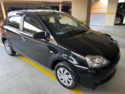 Toyota Etios 1.3 HBX AUTOMÁTICO