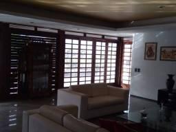Título do anúncio: Apartamento para venda tem 492 metros quadrados com 7 quartos em De Lourdes - Fortaleza -