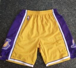 Título do anúncio: Shorts original Lakers