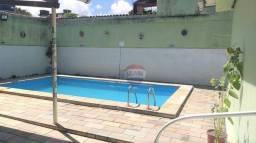 Casa à venda, 246 m² por R$ 829.000,00 - Hipódromo - Recife/PE