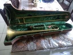 Trombone de vara envelhecido