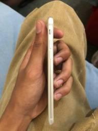 Título do anúncio: iPhone 7 32 GB *troco*