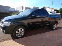 Gm - Chevrolet Montana - 2005