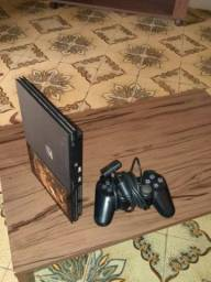 Vende-se PlayStation 2 cemi novo