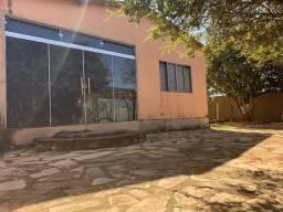 Casa de 3 qts, suite em lote de 600 metros no Setor de Mansões de Sobradinho