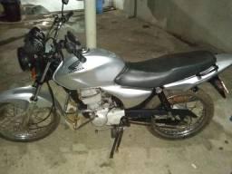 Moto titan 150 pedal na checagem