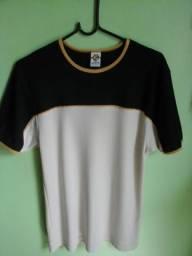 Linda Camisa da Cobra D'Agua. Original, tamanho G. Bem conservada